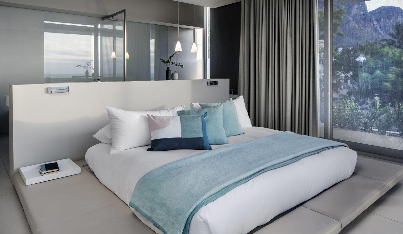 008 Villa - 1st Floor Master Bedroom