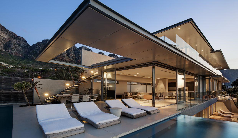 008 Villa - 1st Floor Patio (1)