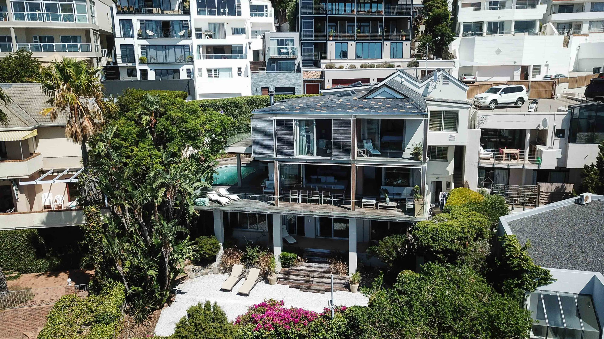 6 Bedroom House in Green Point