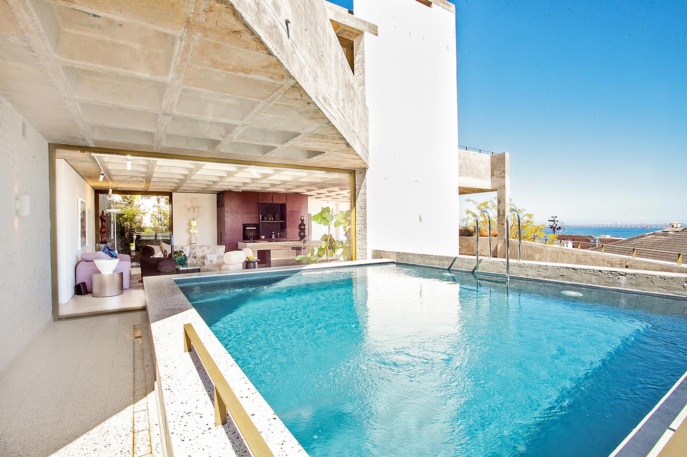 3 Bedroom, Ground Floor Apartment in Sea Point – VAT Included