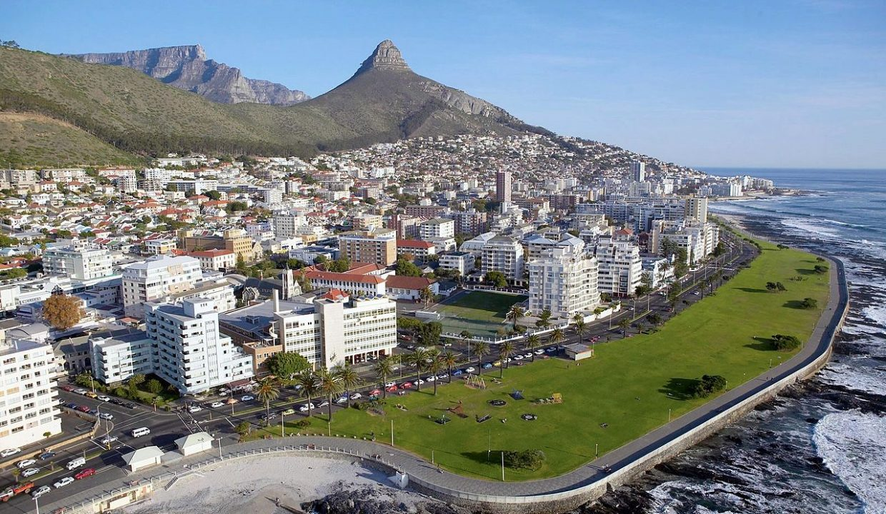 1280px-Aerial_View_of_Sea_Point,_Cape_Town_South_Africa