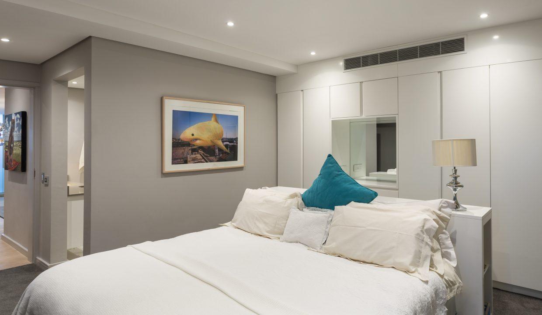 Upstairs bedroom 3-2