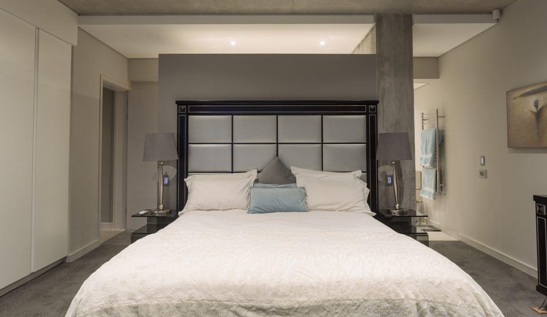 downstairs bedroom-5