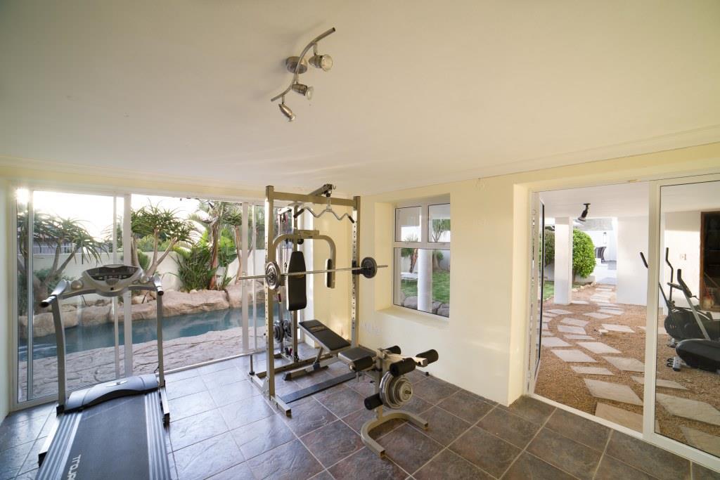 5 Small gym