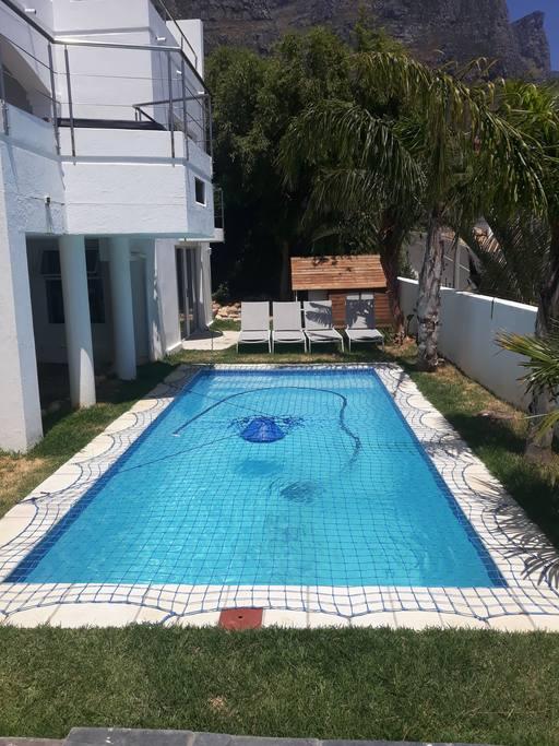Hoopoe Pool