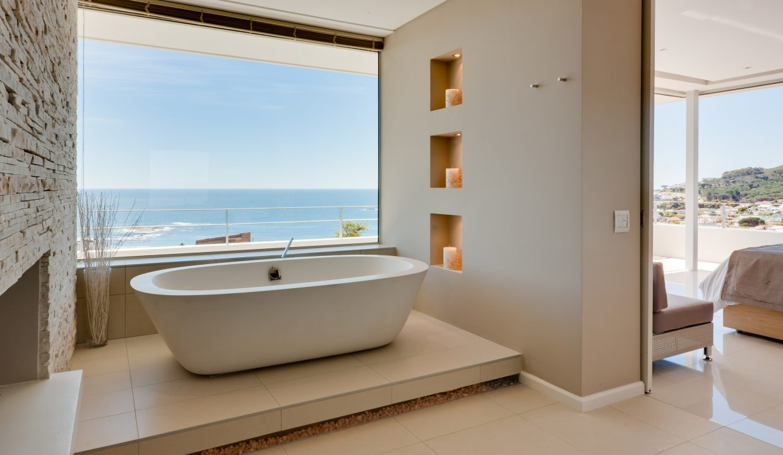 House En-Suite Bathroom 1
