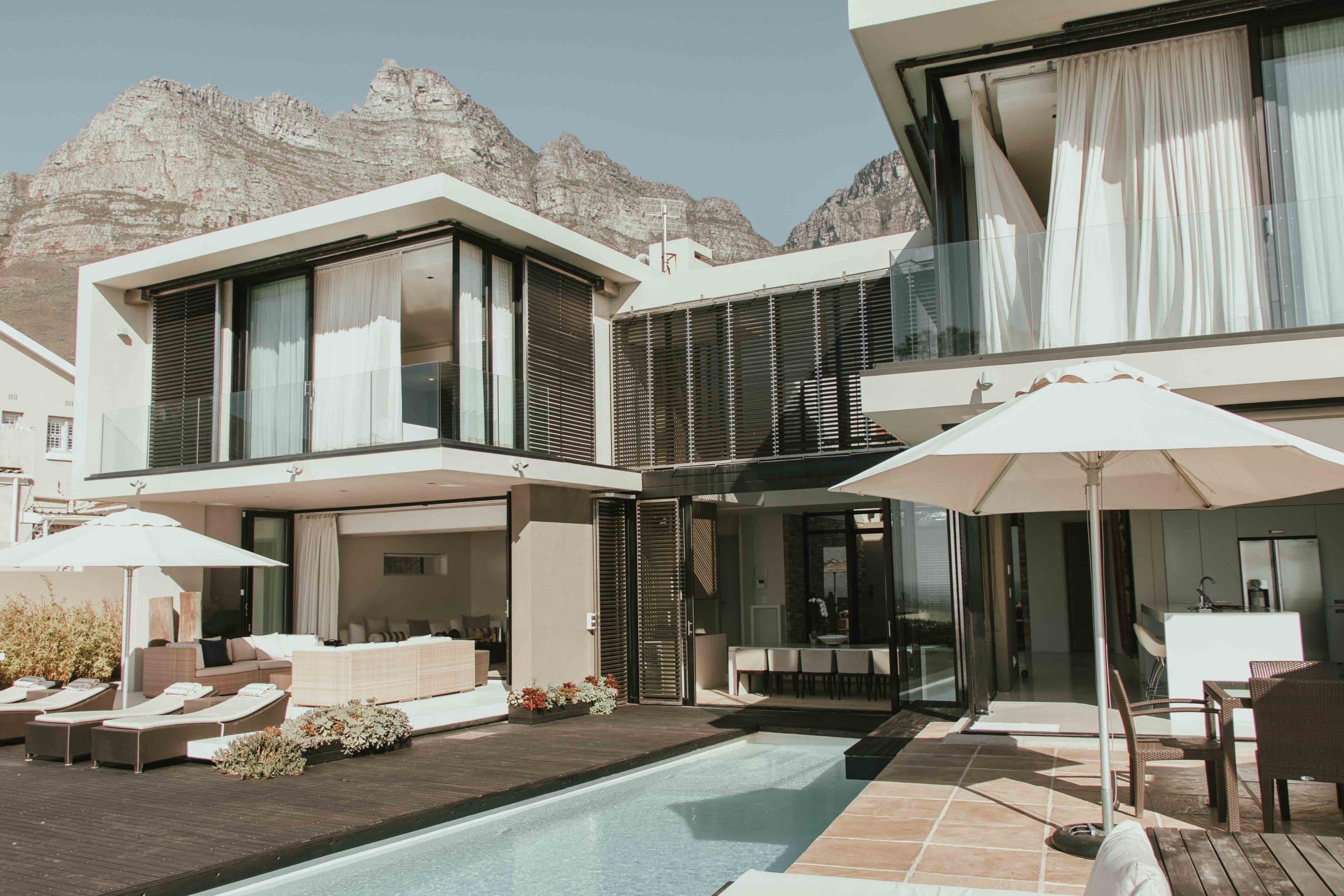 6 Bedroom Villa in Camps Bay