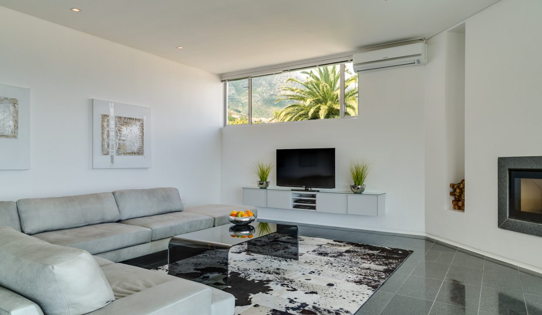 Lounge 1st Floor (2)