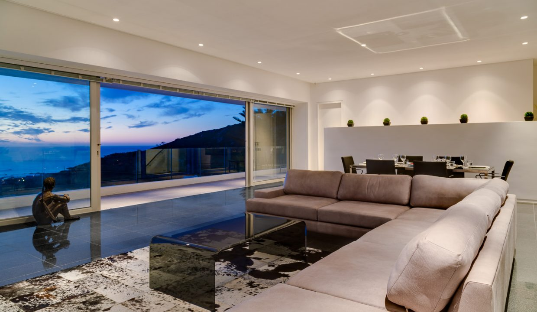 Lounge 1st Floor Evening
