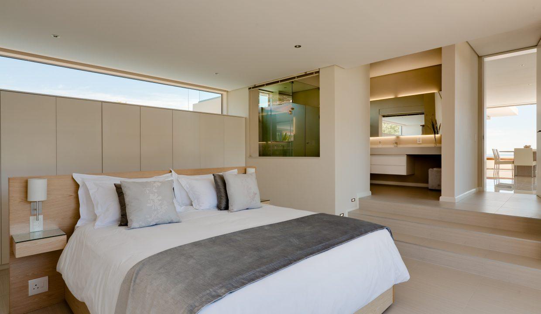 Penthouse Upper Bedroom and En-Suite Bathroom