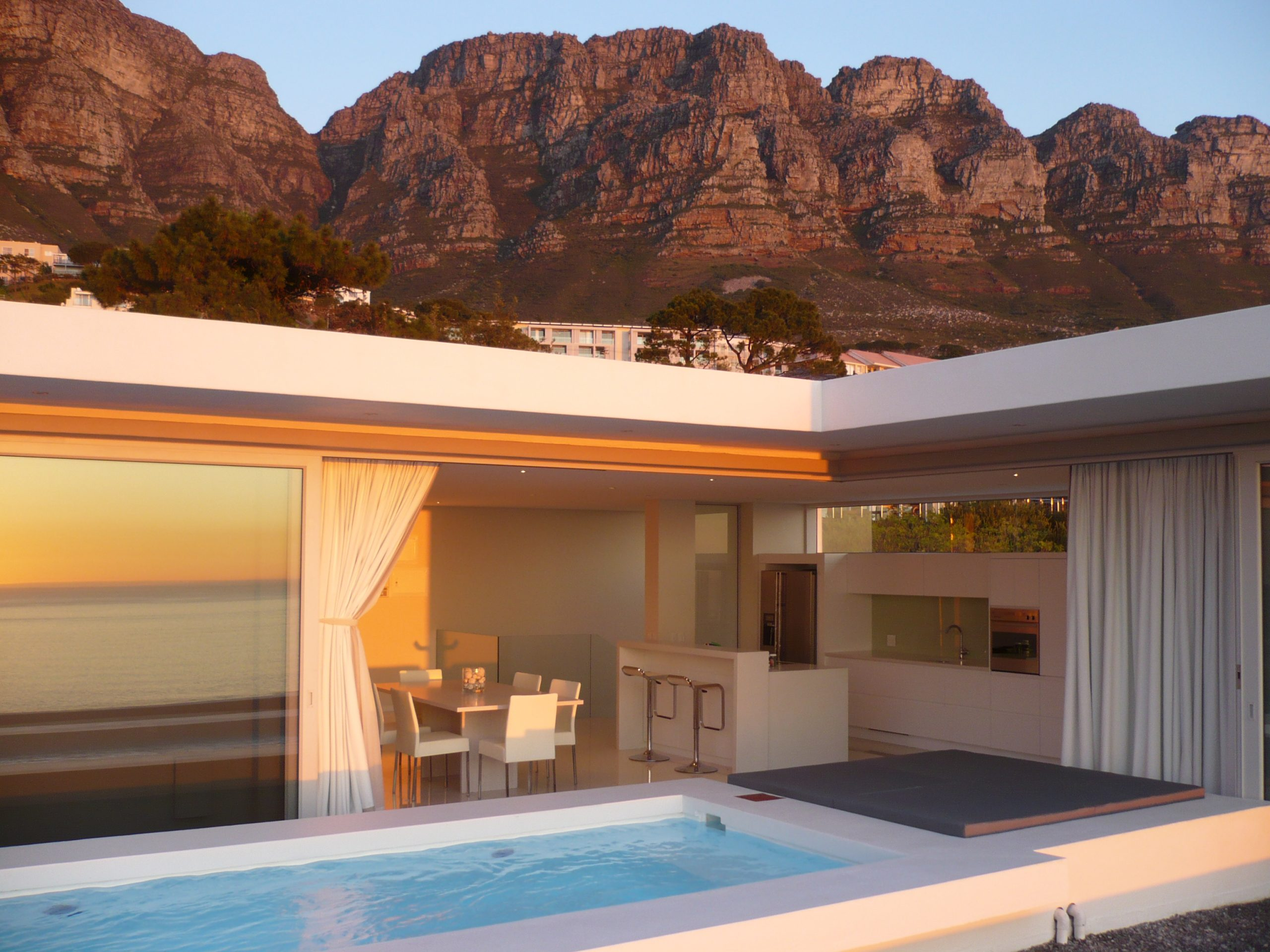 Penthouse in Camps Bay