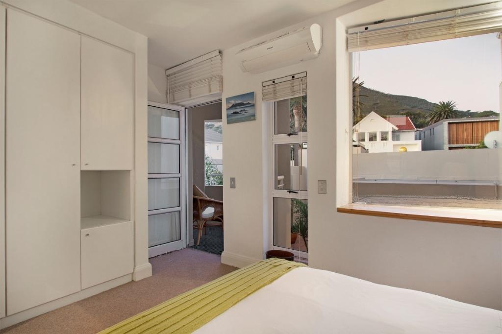 beach-villa-one-camps-bay-5d08abf552932
