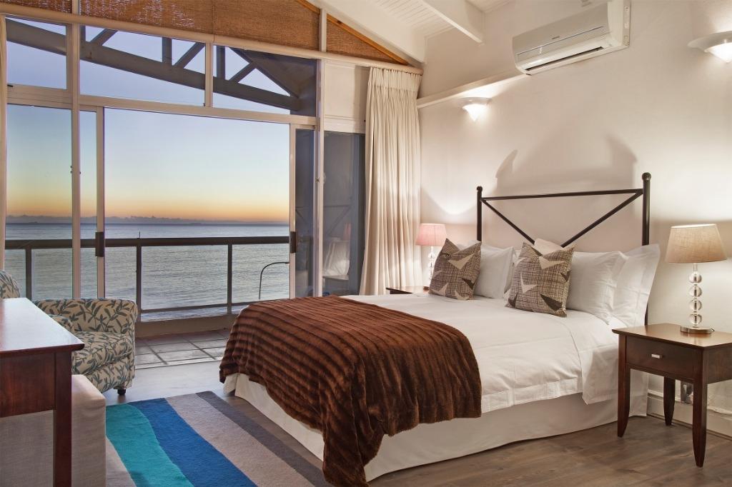 beach-villa-one-camps-bay-5d08ac3d50eaa