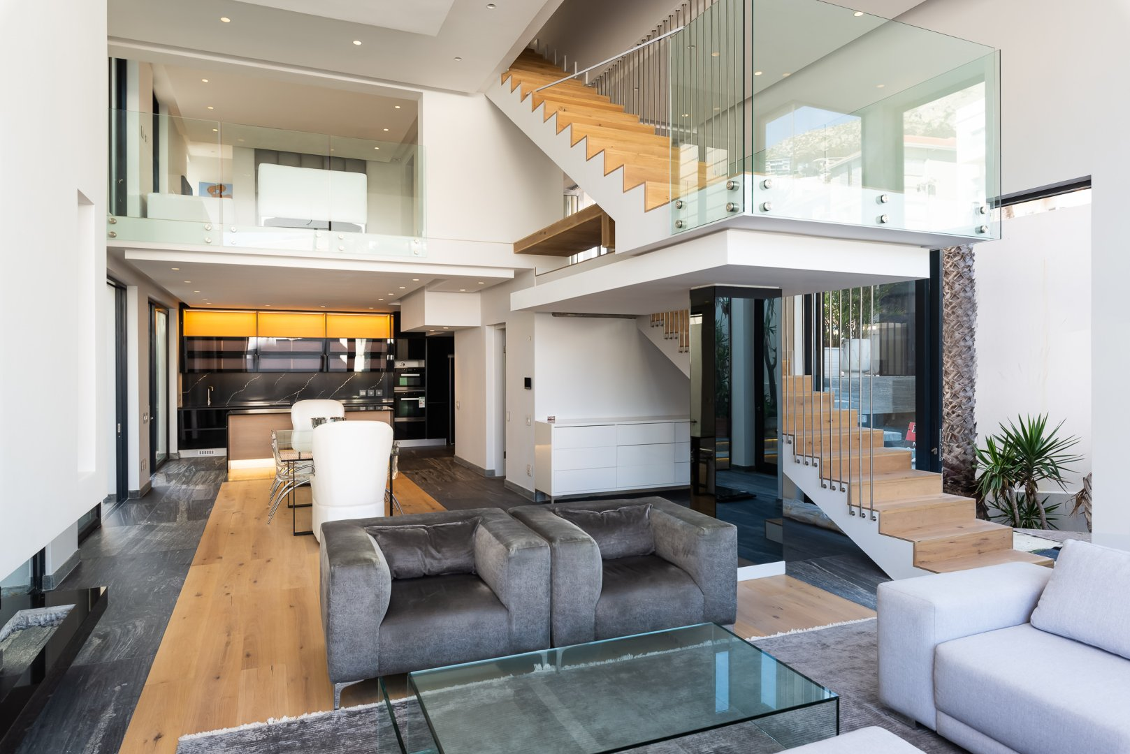 Brand New Modern 3 Bedroom Apartment in Bantry Bay