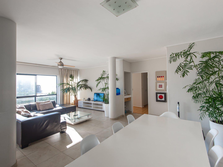3 Bedroom Apartment in Fresnaye