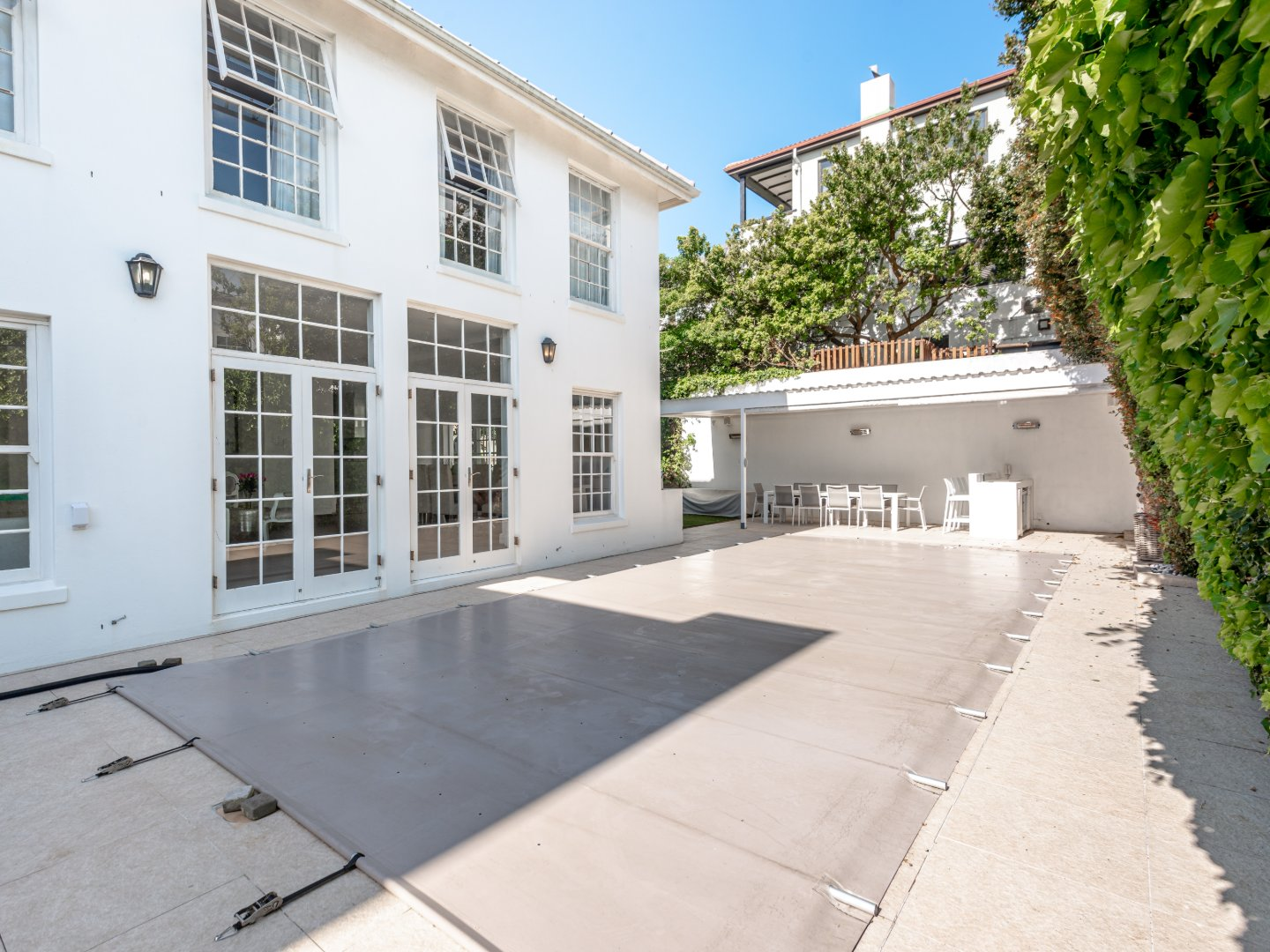 4 Bedroom Holiday Home in Camps Bay