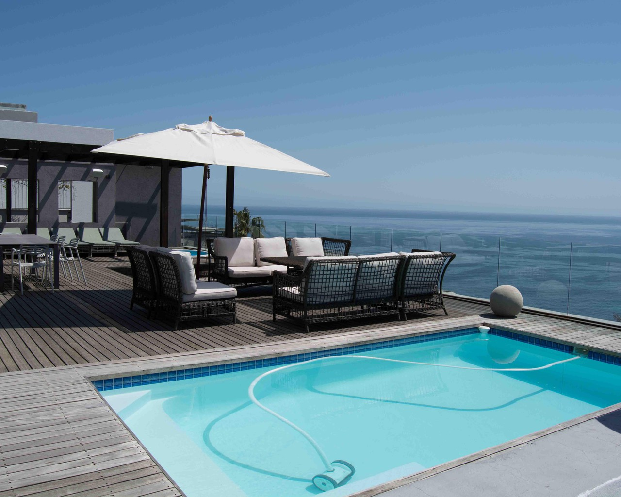 Luxury Apartment with Panoramic Views