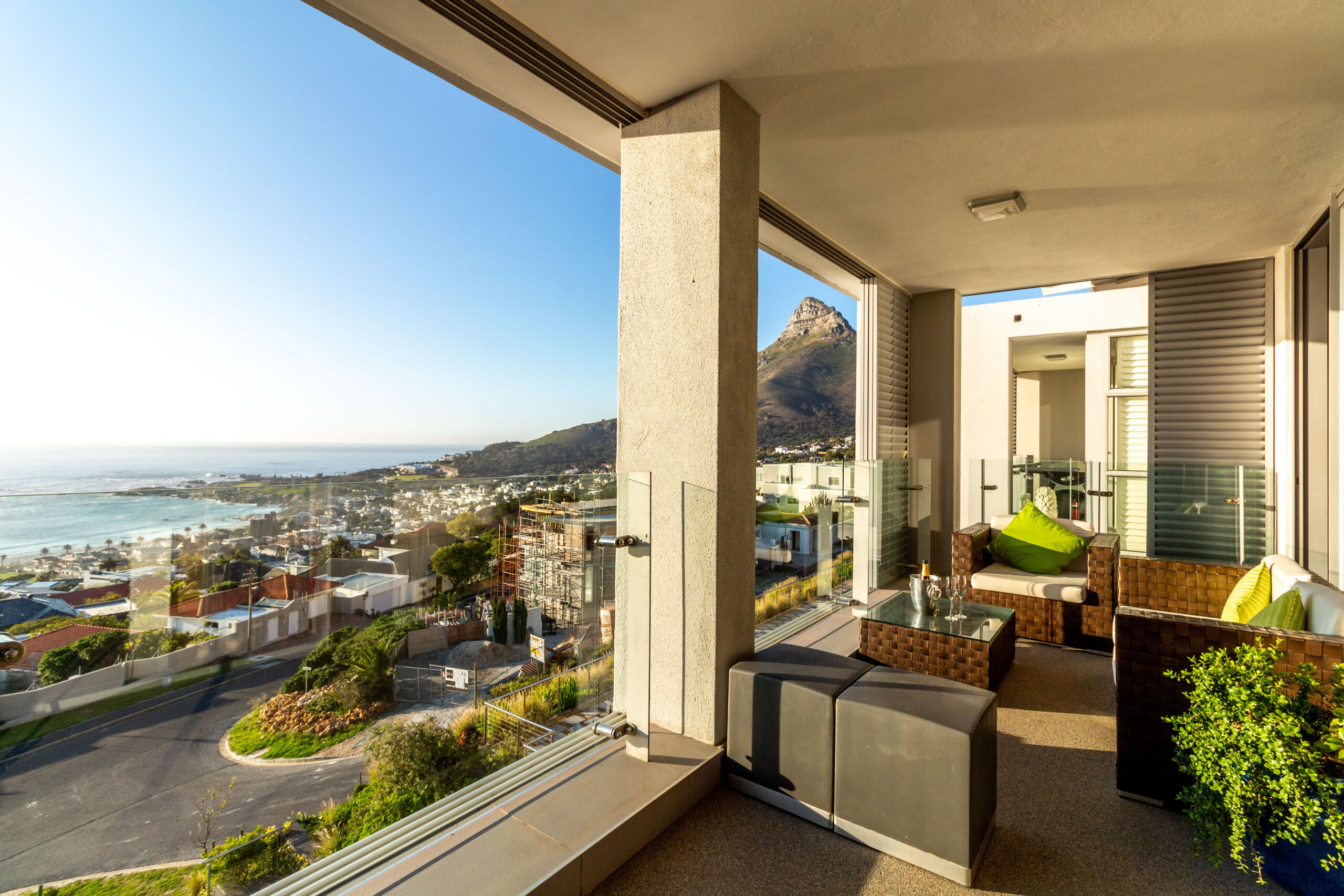 4/5 Bedroom Penthouse for Sale in Camps Bay