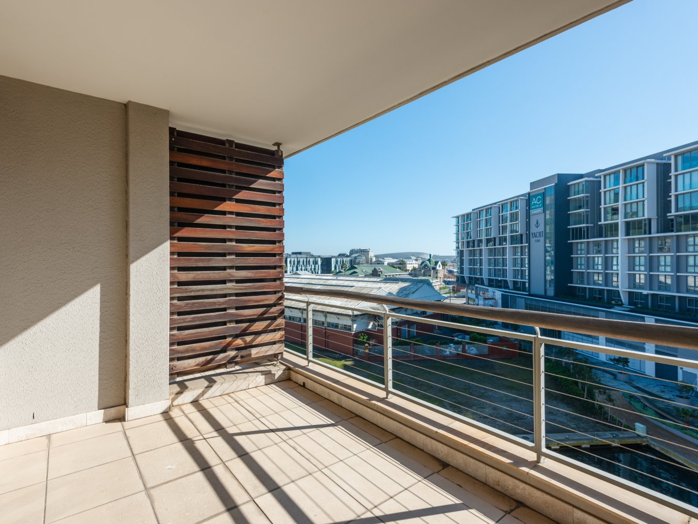 1 Bedroom Apartment along the Foreshore