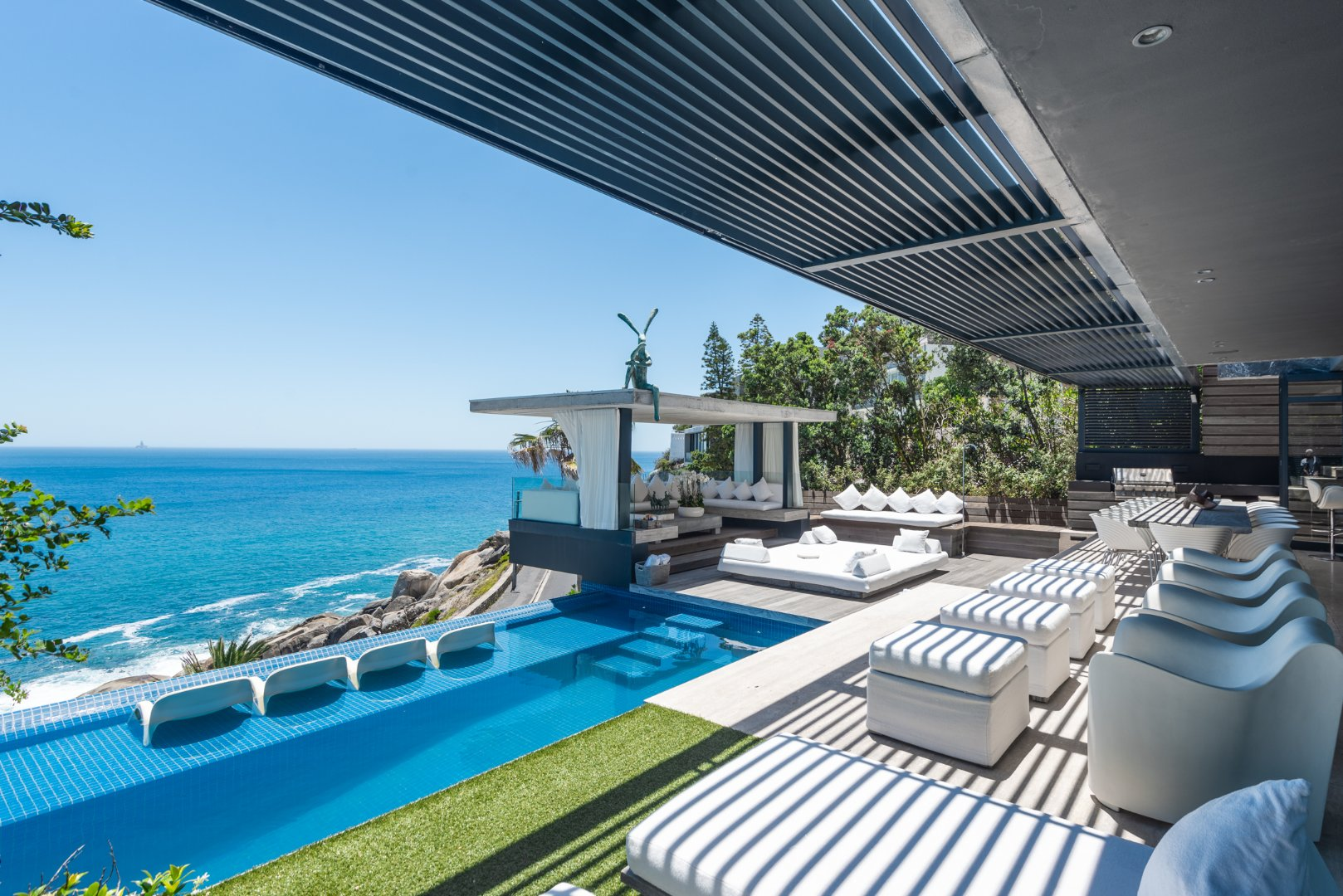 5 Bedroom House with Panoramic Atlantic Views for Sale
