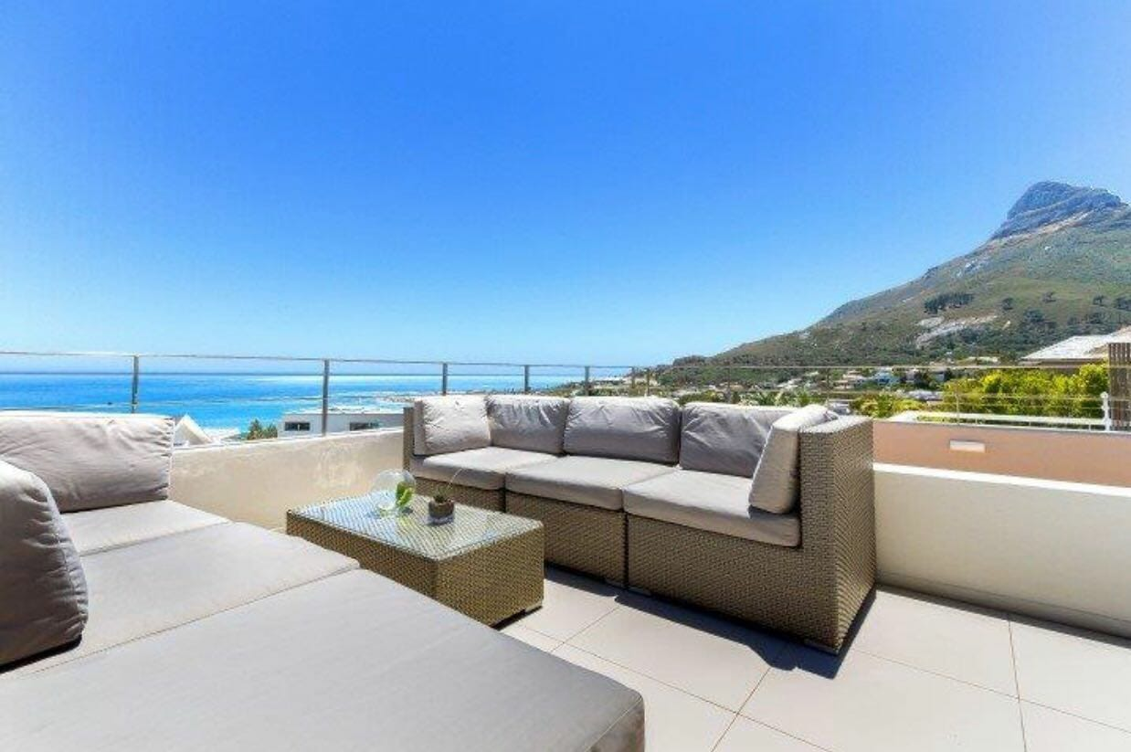 5 Bedroom House in Camps Bay