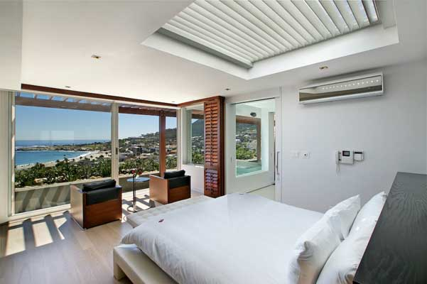 21.09. Bedroom suite with Ocean views