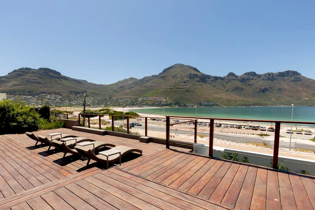 6 Bedroom House for Rent in Hout Bay