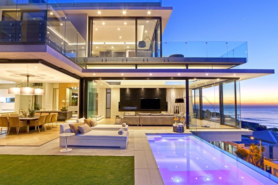 Magnificent Bantry Bay Villa