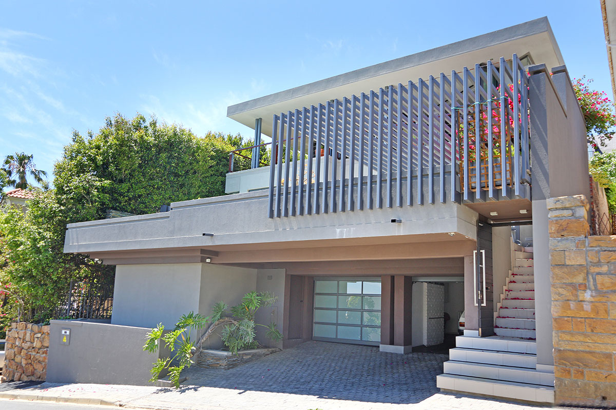 Beautiful Unfurnished 4 Bedroom Home in Fresnaye – Available 1 August 2021