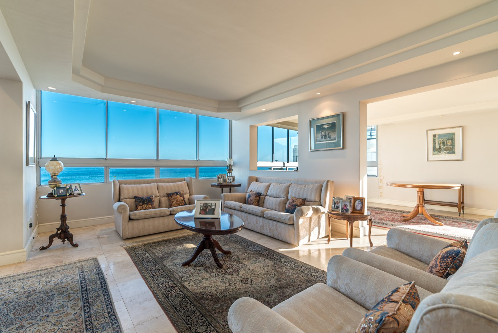 Apartment For Sale With Uninterrupted Sea Views!