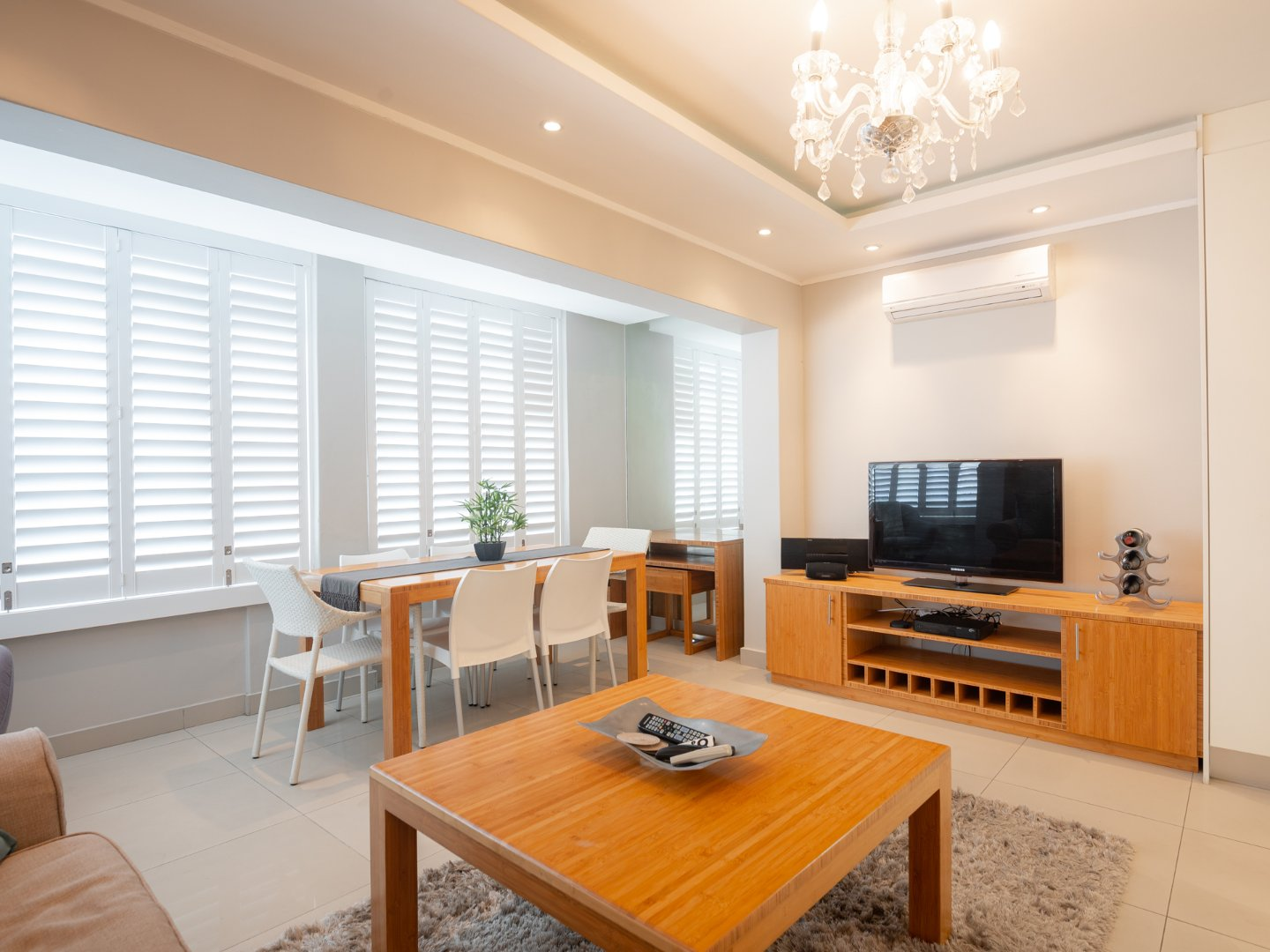 Apartment For Sale in Mouille Point