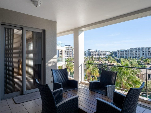 Exclusive fully furnished luxury apartment with superb views  in prime position in Waterfront.
