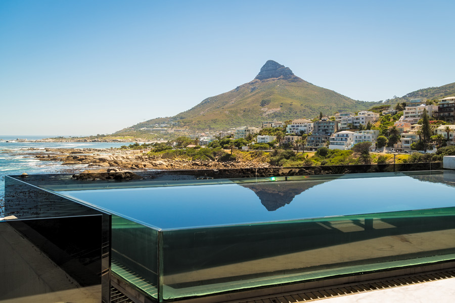 Ebb Tide Luxury Apartment in Camps Bay10