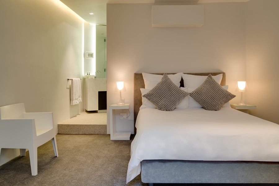 Ebb Tide Luxury Apartment in Camps Bay11