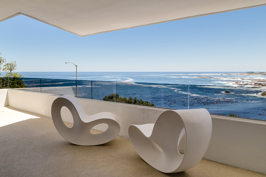 Ebb Tide Luxury Apartment in Camps Bay15