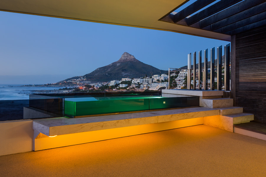 Ebb Tide Luxury Apartment in Camps Bay5
