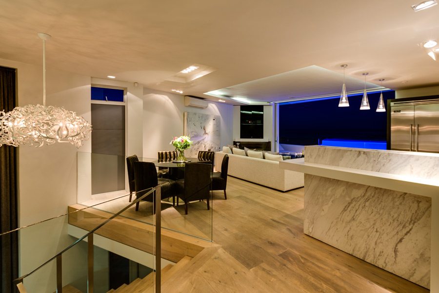 Ebb Tide Luxury Apartment in Camps Bay9