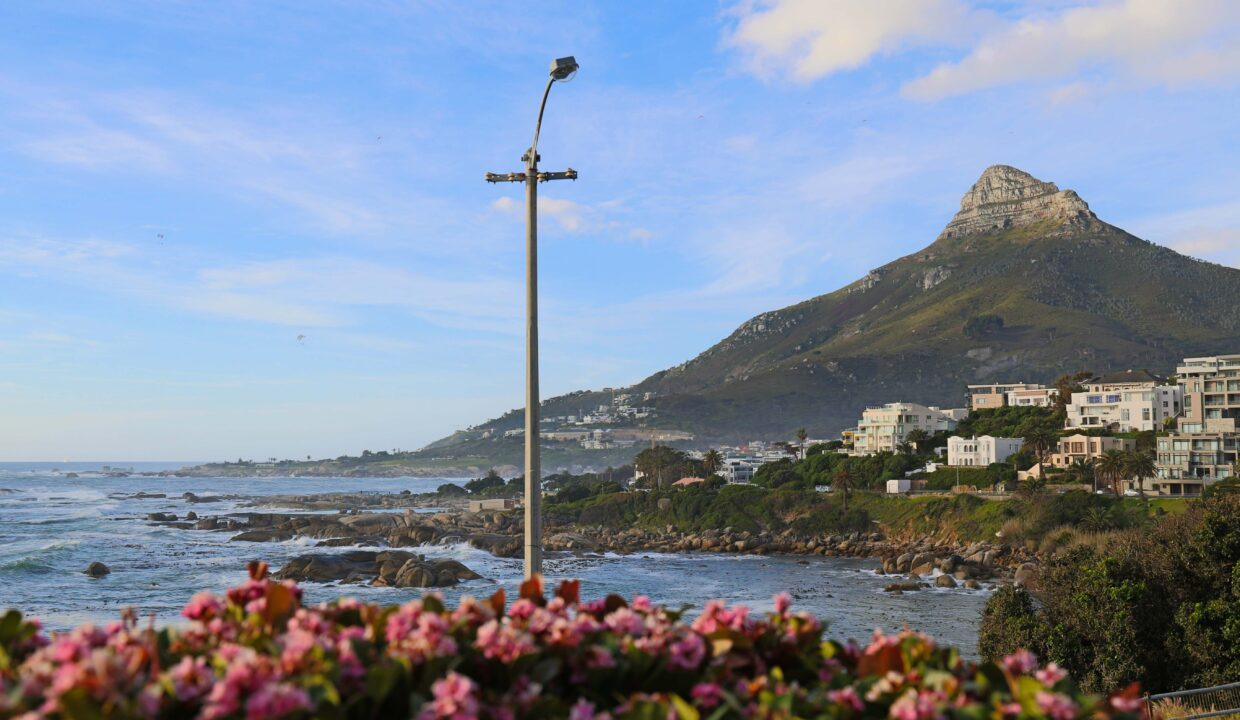 Ebb Tide luxury apartment to rent in Camps Bay with a view of Lion's Head and the ocean